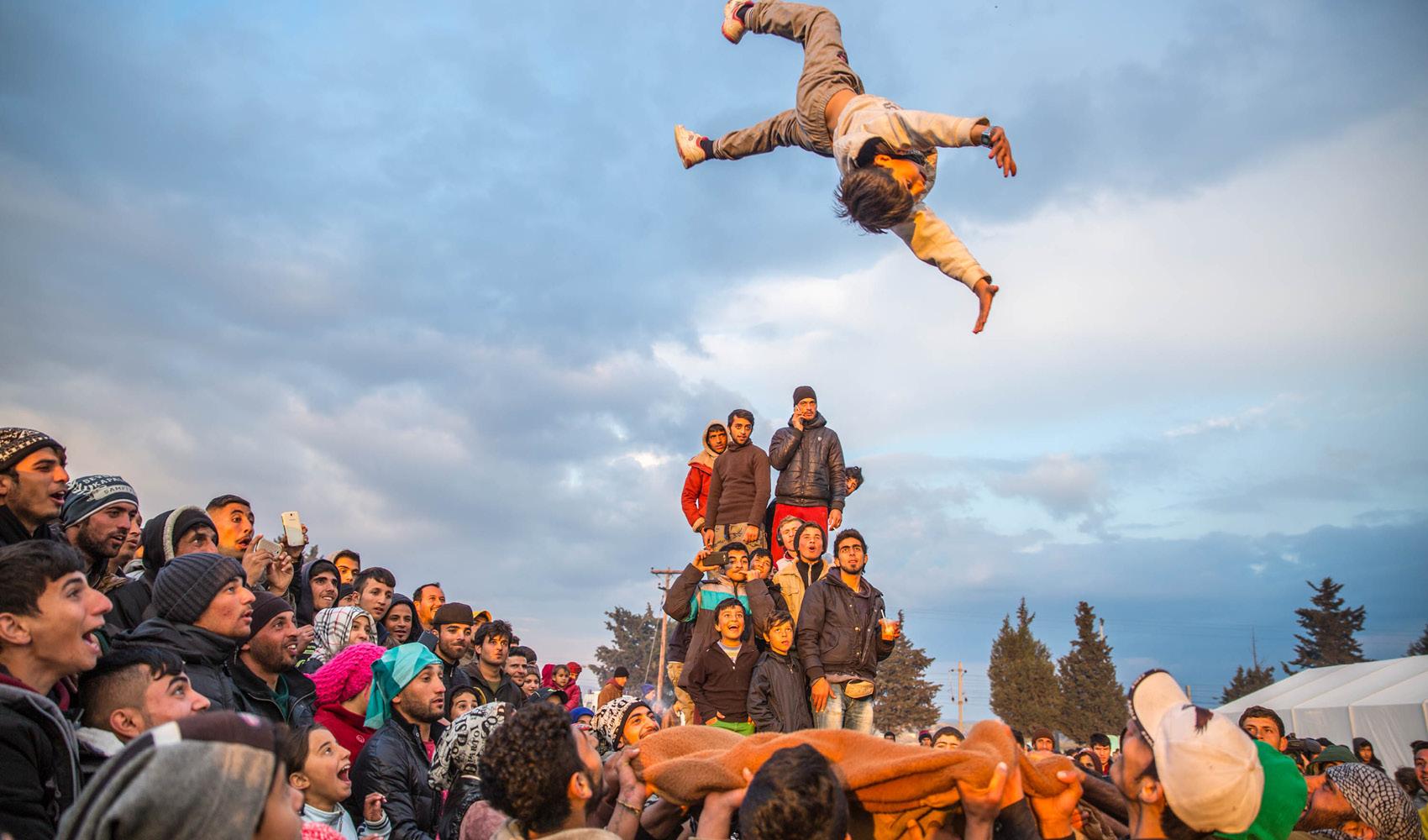 Bittet/Fordert bei euren Bundestagsabgeordenten die Auflösung der EU-Flüchtlingslager und Aufnahme in den EU-Ländern