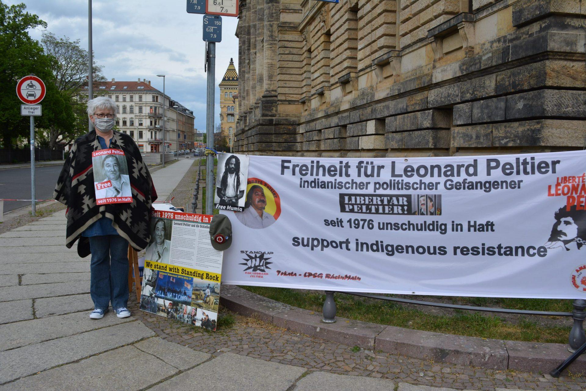Rückblick zur Mahnwache für Leonard Peltier in Leipzig am 30.4.2020